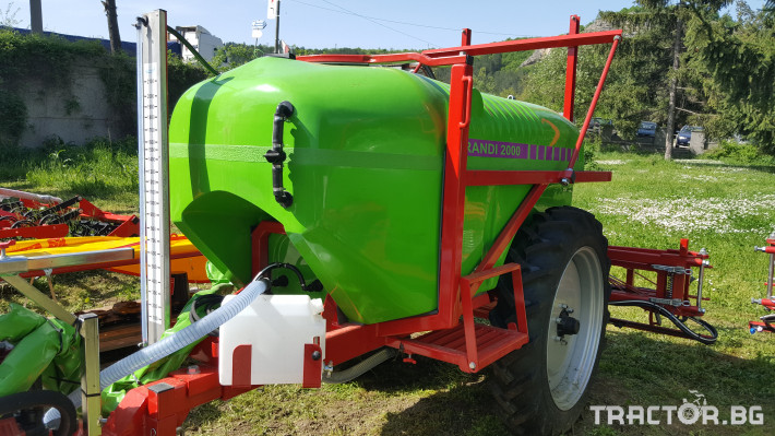 Пръскачки Прикачни пръскачки Brandi 2000 2 - Трактор БГ