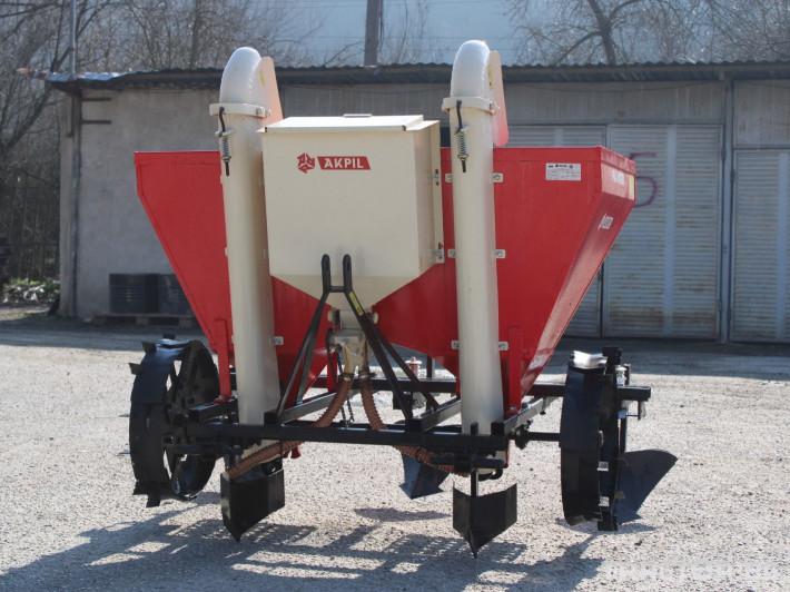 Машини за зеленчуци Картофо-сеялка AKPIL Planter 3H 0 - Трактор БГ