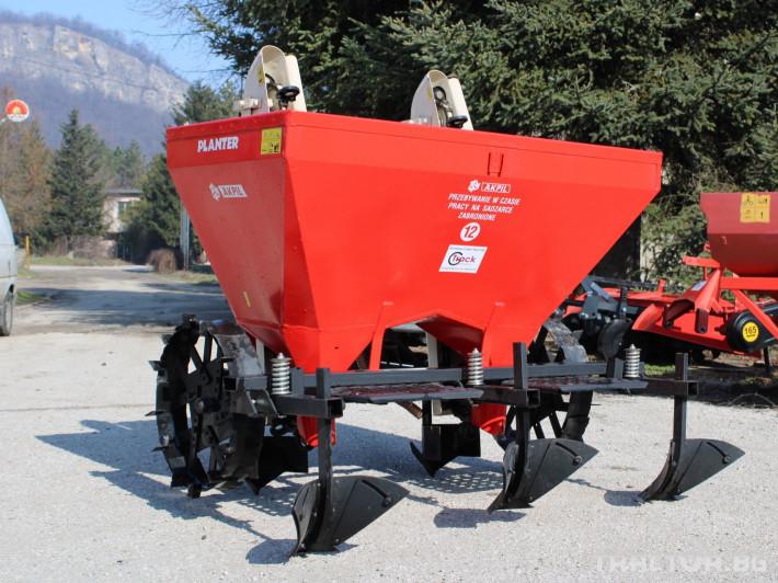 Машини за зеленчуци Картофо-сеялка AKPIL Planter 3H 1 - Трактор БГ