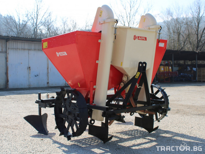 Машини за зеленчуци Картофо-сеялка AKPIL Planter 3H 3 - Трактор БГ